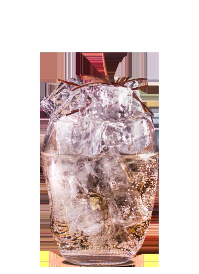 Лёд в форме кубика в бокале